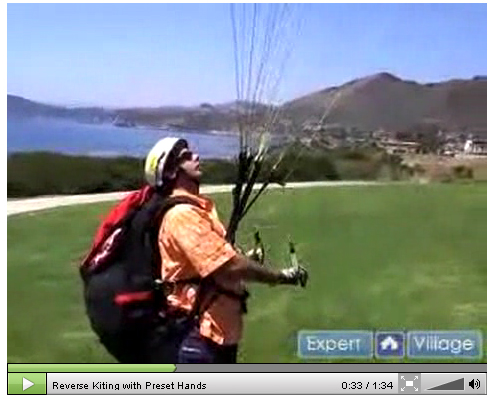 Reverse Kiting with Preset Hands in Paragliding